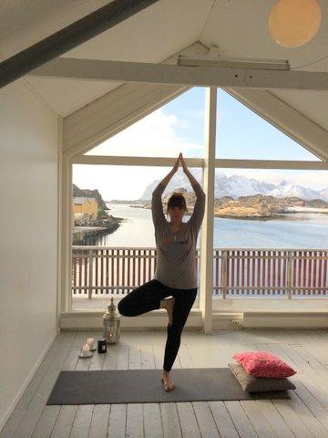 yogaFB bilde mars-14